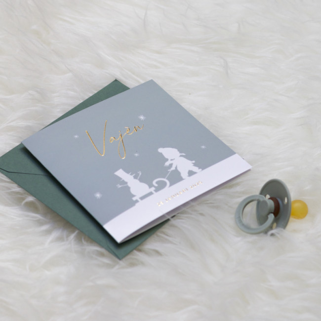 Geboortekaartje Silhouet meisje met slee